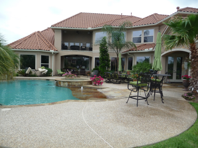 Tile Roof in Katy Texas cleaned by Katy Memorial Roof Cleaning and Power Washing on May 11th