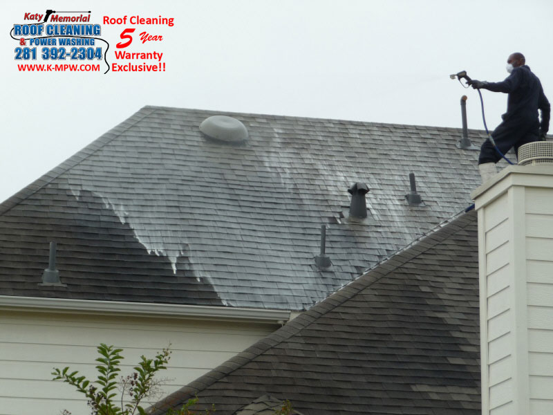 Katy Memorial Roof Cleaning Power Washing Clean Composite Roofs – Cleaning Roof Shingles